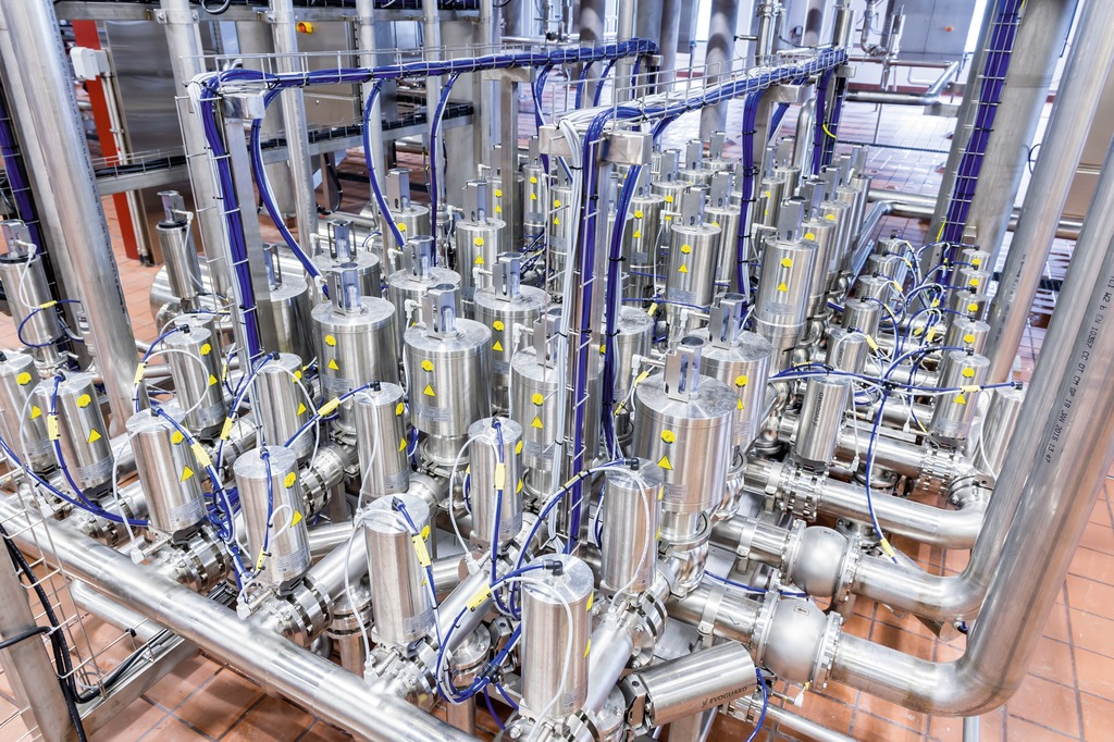 Founders brewing invests in brewhouse and glass bottling for Brewery design software